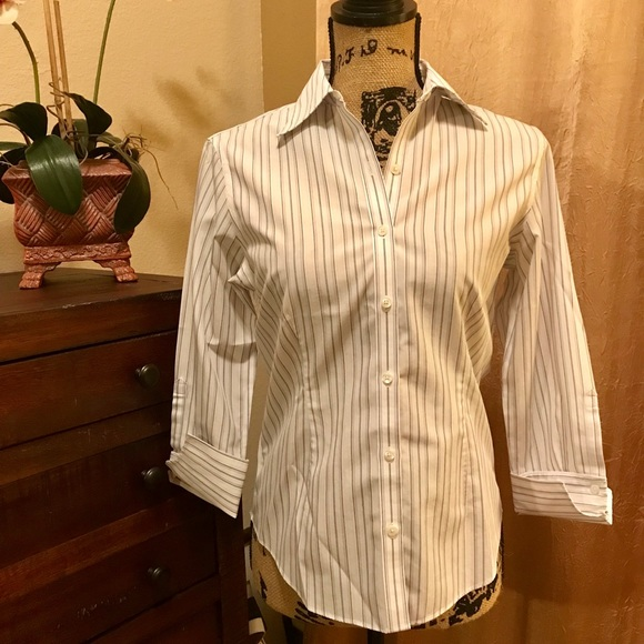 Brooks Brothers Tops - Brooks Brothers 346 fitted button down
